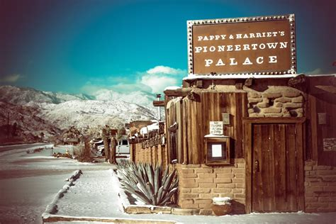 Pappy and Harriet's Pioneertown Palace Is The Best Wild