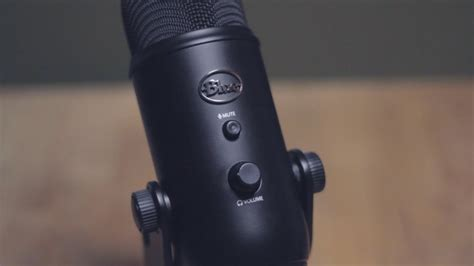 Blue Microphone Yeti (Blackout Edition) Review - YouTube