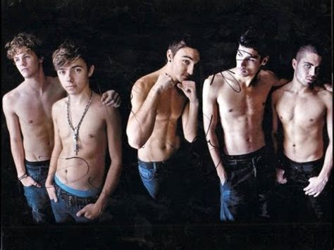 The wanted Shirtless - YouTube