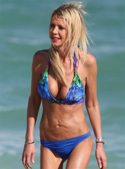 Dlisted | Tara Reid Is The Two Piece, All That's Missing