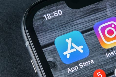 Apple removes apps using the CallKit framework because of