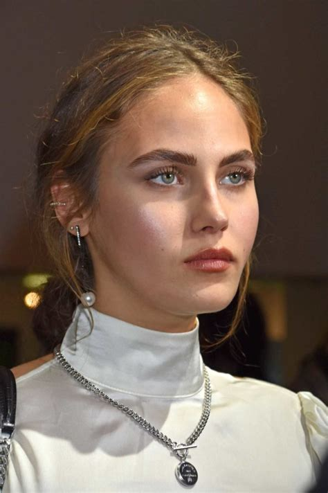 Elena Carriere Attends 2019 Place 2 Be Influencer Award in