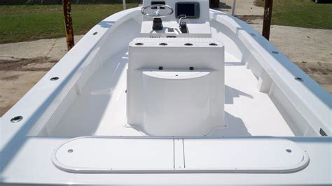 25 C-Hawk 021 – Chawk Boats Inc – Skiffs, Sport Cabins