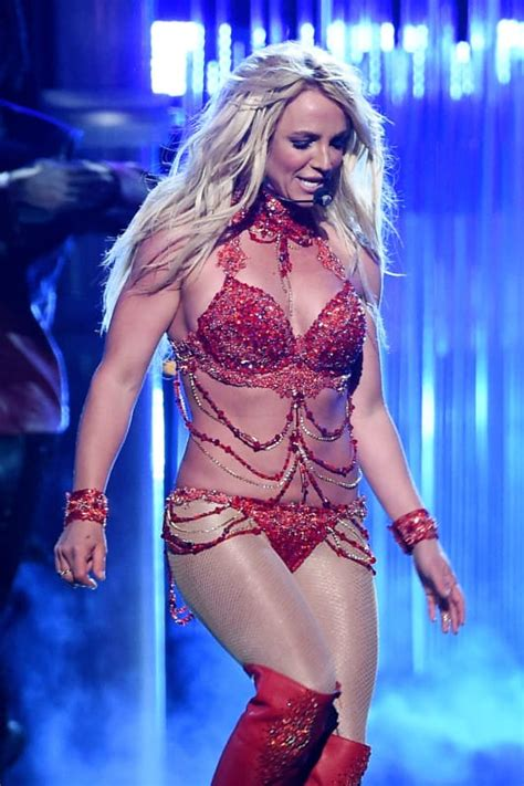 Britney Spears Gets SUPER Sexy: 2016 Billboard Music